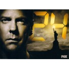 24 2009 Comic-Con Fox 5x7 promo photo card (Kiefer Sutherland)