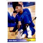 Dale Davis autographed Indiana Pacers 1992-93 Upper Deck card